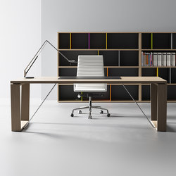W | Individual desks | BK CONTRACT