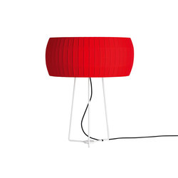 Isamu table lamp | Illuminazione generale | Carpyen