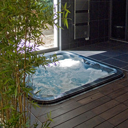 Wellness swimming pool | Outdoor whirlpools | Piscines Carré Bleu