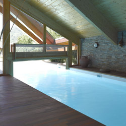 Indoor-outdoor pool | Swimming pools | Piscines Carré Bleu