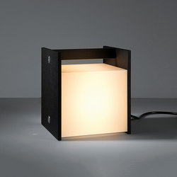 Buzze IP54 LED Pushdim GI | Lámparas de sobremesa | Modular Lighting Instruments