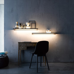 Illuminated shelves | Display elements
