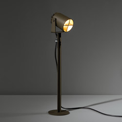 Julien round foot IP54 LED GI | Outdoor free-standing lights | Modular Lighting Instruments