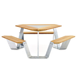 Anker | Dining tables | extremis