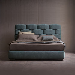 Majal Bed | Double beds | Flou
