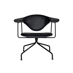 Masculo Swivel Lounge Chair | Fauteuils d'attente | GUBI