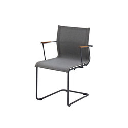Sway Stacking Chair with Arms | Sillas | Gloster Furniture GmbH