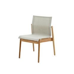 Sway Teak Stacking Chair | Sillas | Gloster Furniture GmbH