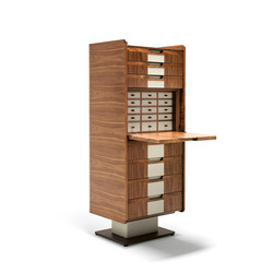 Corium Seven-Drawer Chest | Sideboards | Giorgetti