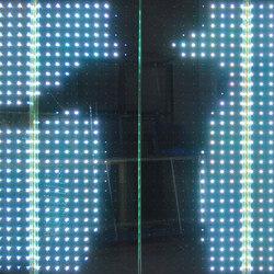 powerglass® RGB Medienfassade | Verbundglas/laminiertes Glas | Peter Platz Spezialglas