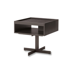 Close | Nachttische | Minotti