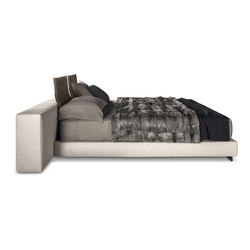 Yang Bed Offset | Double beds | Minotti