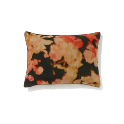 Blossom CO 104 01 02 | Cushions | Elitis