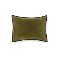kissen hochwertiges design online finden architonic. Black Bedroom Furniture Sets. Home Design Ideas