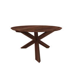 Walnut circle round dining table | Restaurant tables | Ethnicraft