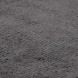 Dune Max Viscose deep carbon | Rugs | kymo