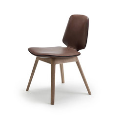 Tilda | Chair with wooden frame 4-legs | Chairs | Freifrau Sitzmöbelmanufaktur