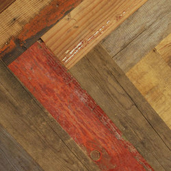 Uniquely Rio | Salvage Pine, Painted Raw Herring-Bone | Wood flooring | Imondi