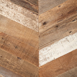 Uniquely Rio | Salvage Pine, Raw Chevron | Wood flooring | Imondi