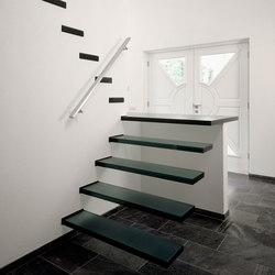 Floating | Straight Stairs Glass TRE-107 | Scale | EeStairs