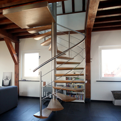 Moon Stairs | Spiral Stairs Wood TSE-600 | Escaliers en bois | EeStairs