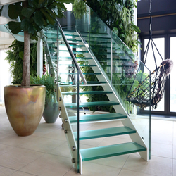 Straight Stairs Glass TRE-635 | Glass stairs | EeStairs