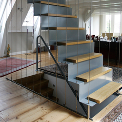 Straight Stairs Wood TRE-341 | Escaliers en bois | EeStairs