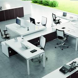 X4 | Sistemas de mesas | Quadrifoglio Office Furniture