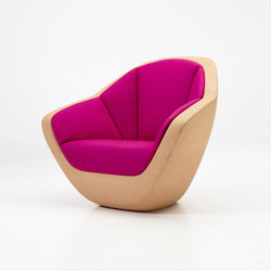 Corques Armchair | Lounge chairs | PERUSE