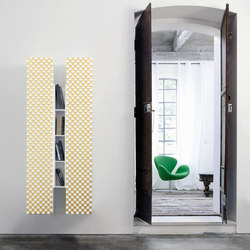 Centrotrentacinque | Baldas / estantes de pared | Capo d'Opera