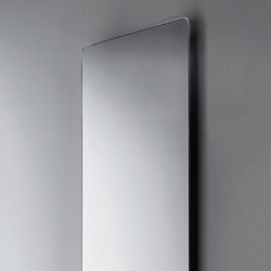 Polished edge mirrors with rounded corners thick 2.5 cm | Wandspiegel | Falper