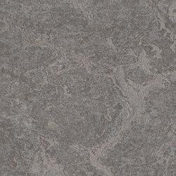 Marmoleum Real slate grey | Linoleum flooring | Forbo Flooring