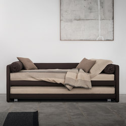 Duetto Bed | Sofas | Flou