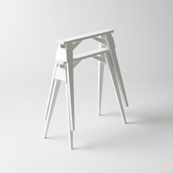 Arco | Cavalletti per tavoli | Design House Stockholm