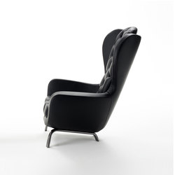 Guelfo wingback | Armchairs | Opinion Ciatti