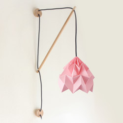 Klimoppe Moth – Pink | Illuminazione generale | Studio Snowpuppe