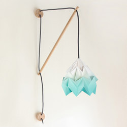 Klimoppe Moth Gradient – Mint | Wall lights | Studio Snowpuppe