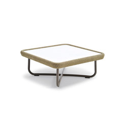 Babylon side table | Mesas de centro de jardín | Varaschin