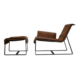 F010 seat & F011 ottoman | Lounge chairs | FOUNDED