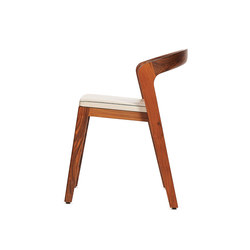 Play Chair – Solid American Walnut with ivory calf leather cushion | Sillas para restaurantes | Wildspirit