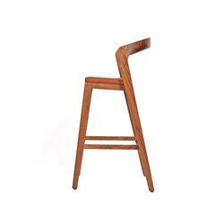 Play Barstool High – Solid American Walnut with camel calf leather cushion | Chaises de restaurant | Wildspirit