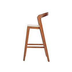Play Barstool High – Solid American Walnut with ivory calf leather cushion | Chaises de restaurant | Wildspirit