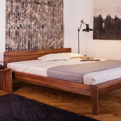 Invito Bed | Double beds | Artisan