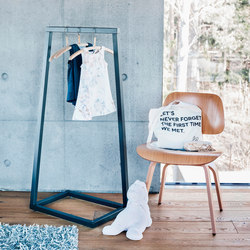 Lume mini coat stand | Standgarderoben | BEdesign