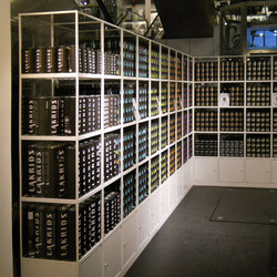GRID display | Ausstellungssysteme | GRID System APS