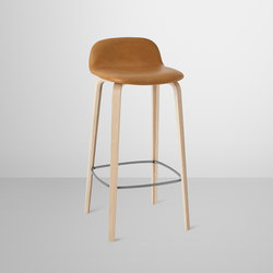 Visu Bar Stool | leather high | Tabourets de bar | Muuto