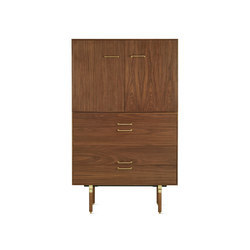 Ven Armoire | Aparadores / cómodas | Design Within Reach