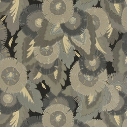 Signature Century Club Wallpaper | Waldorf Floral - Platinum | Wallcoverings | Designers Guild