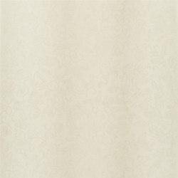 Surabaya Wallpaper | Yuzen - Oyster | Papeles pintados | Designers Guild