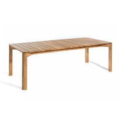 Korsö dining table | Mesas de comedor de jardín | Skargaarden